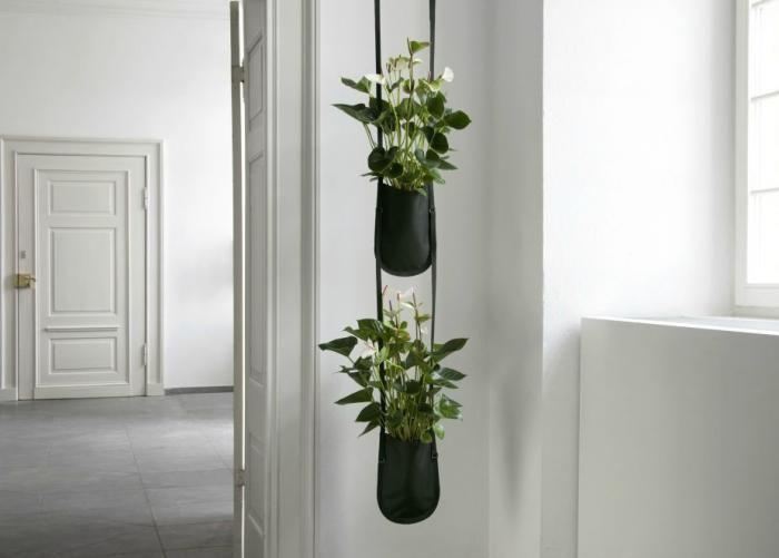 para black!!!: Plants Hangers, Hanging Plants, Plants Bags, Urban Gardens, Herbs Gardens, Gardens Hangers, Hanging Planters, Gardens Bags, Gardens Plants