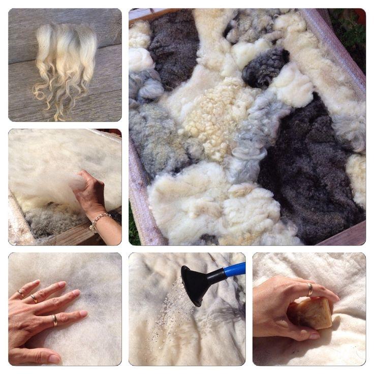 Äntligen har sommarvärmen kommit även till Jämtland! Då får man passa på att tova utomhus, och ta sig an ullen som klipptes i våras. Vinterull, som klipps på våren, anses ofta vara av sämre kvalite...