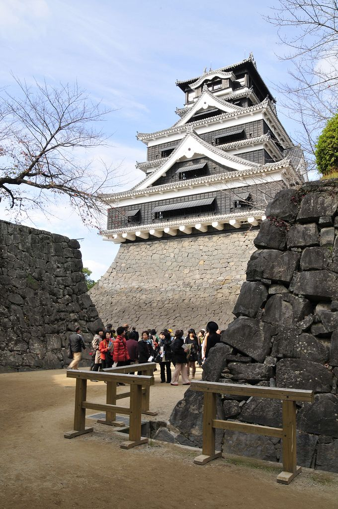 The Grand Kumamoto Castle | For a trip to Kyushu, the imposi… | Flickr
