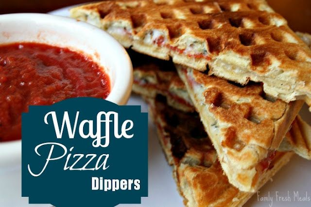 Waffle Pizza Dippers! Crescent dough waffles with pizza fillings! YUM  Easy dinner or appetizer.: Pizza Waffles, Waffles Pizza, Dinners, Crescents Dough, Waffles Irons, Pizza Dipper, Yummy, Appetizers, Families Fresh Meals