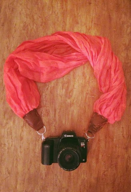 http://ipdn.teamrhino.info/pin/ DIY Scarf Camera Strap - Crafternoon Delight