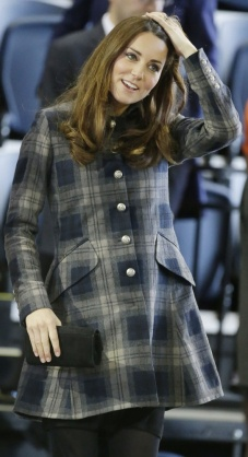 Kate Middleton in her Moloh Workers Coat in Glasgow, Scotland on 4/4/13.