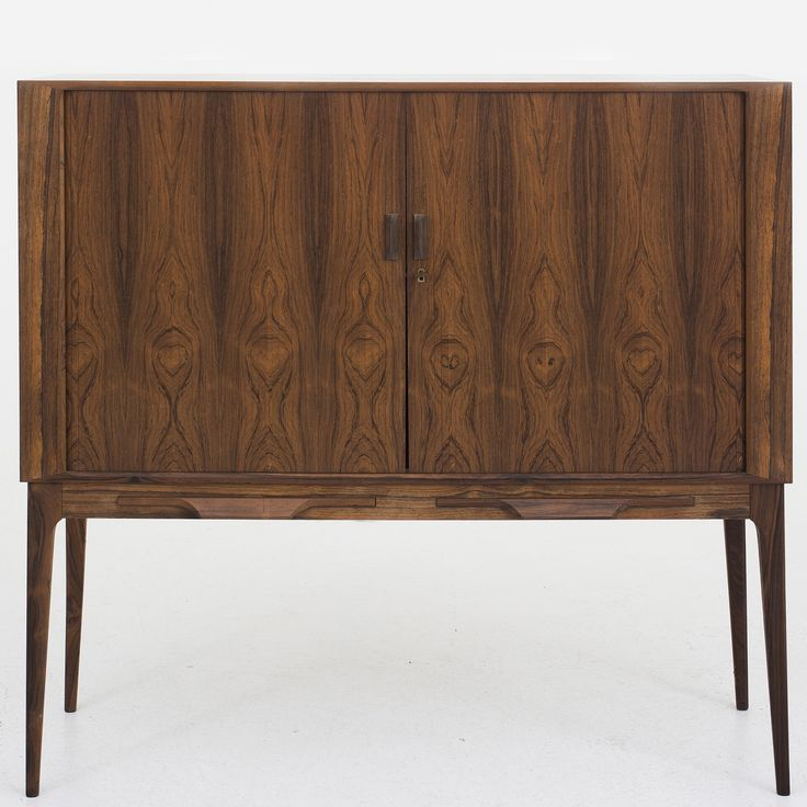Bar cabinet in rosewood