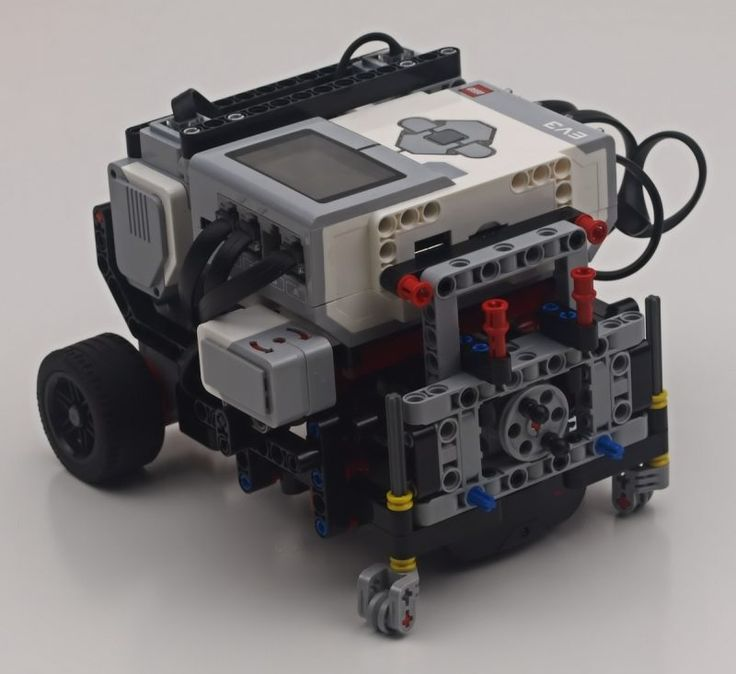 FLL Robot from a EV3 Kit