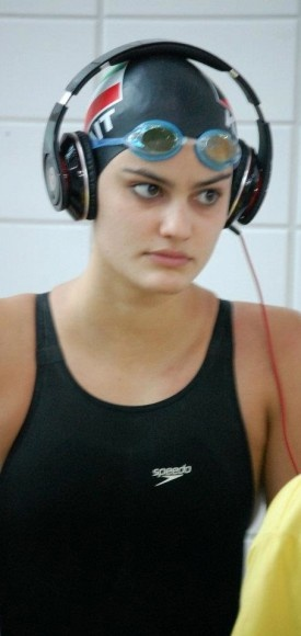 Kuwait's young Diva! First Kuwaiti Female swimmer in #Olympics 2012
