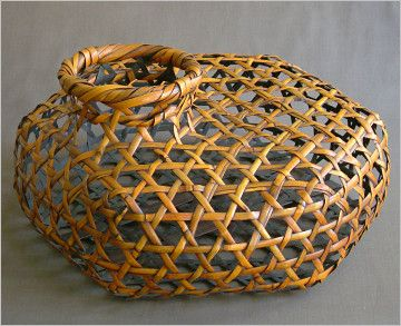 10046 best images about great baskets on pinterest for Bamboo weaving tutorial