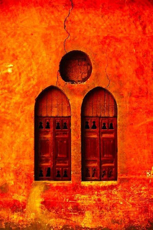, could paint with the other picture of the orange doorway