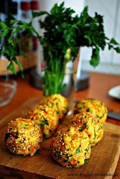 Falafel z kaszy jaglanej i marchewki