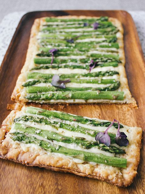 three ingredient asparagus tart (puff pastry, gruyere cheese + asparagus)
