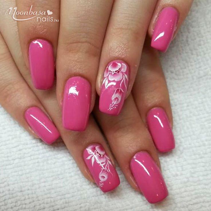 Körömdíszítési tipp színes zselével. :) Nyomj egy like-ot, ha viselnéd. :) http://www.moonbasanails.hu/webaruhaz #mukorom #nails #beauty