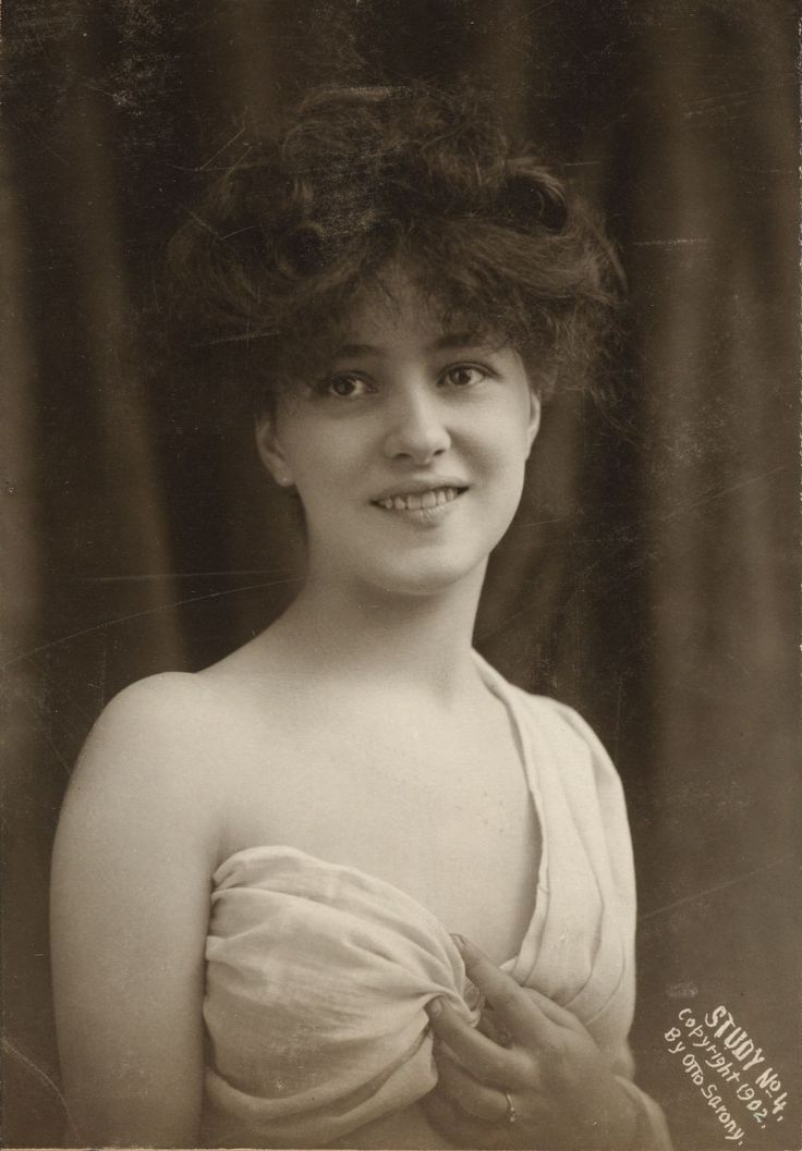 Evelyn Nesbit, 1902.