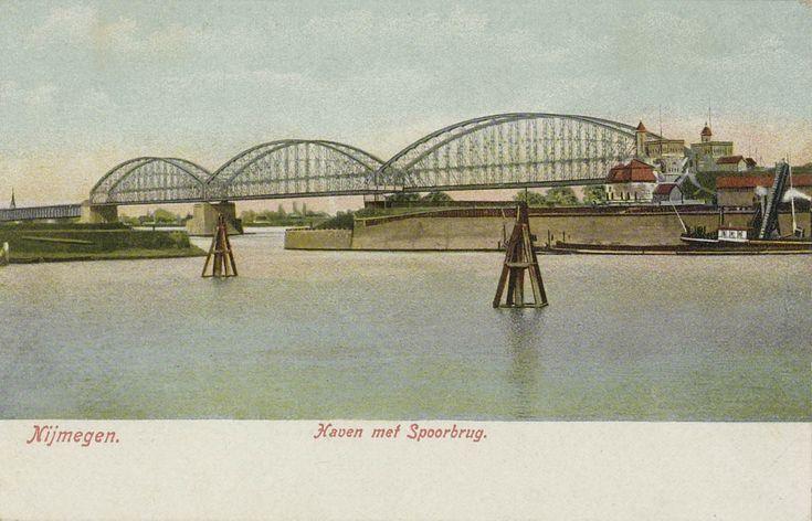 Nijmegen Haven met Spoorbrug Ingekleurd. 1905