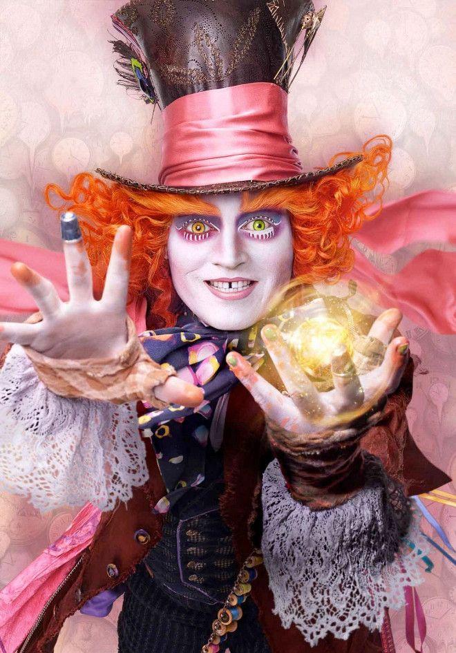 'Alicia a través del espejo' sigue su campaña promocional presentándonos los 'looks' de Johnny Depp y compañía.