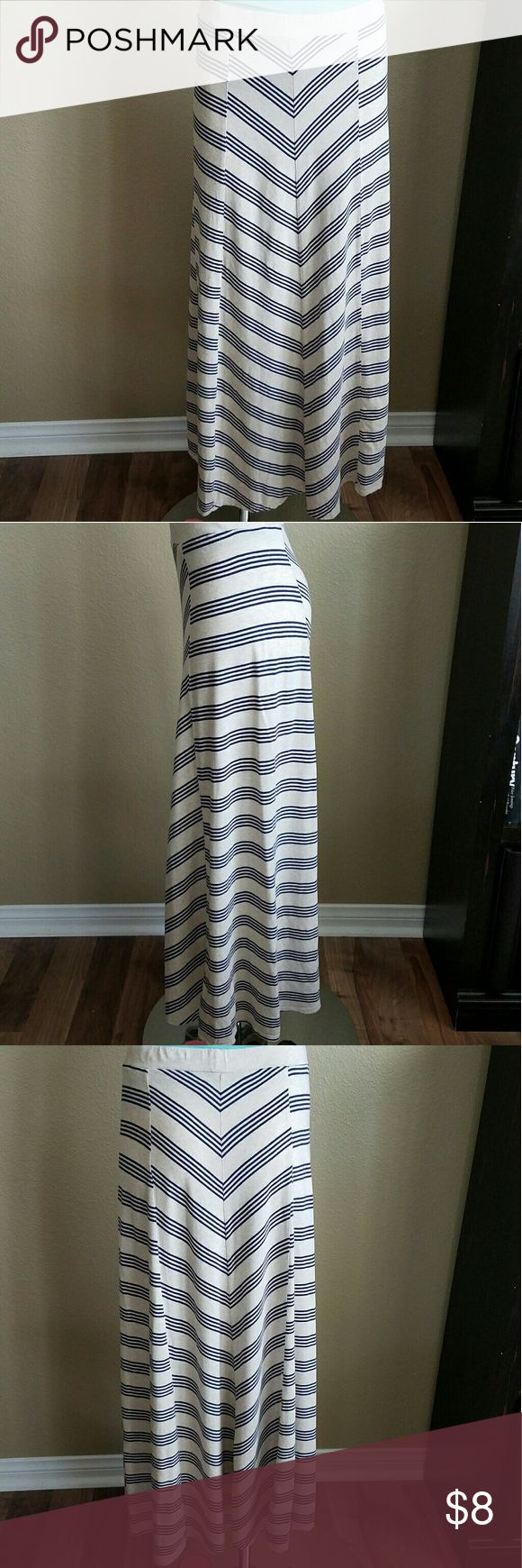 "Tommy Hilfiger Striped Maxi Skirt Pre loved striped maxi skirt. Elastic waistband. 37.5"" long. Measured flat at the center. 60% cotton 40% modal. Very little pilling on fabric. Tommy Hilfiger Skirts Maxi"