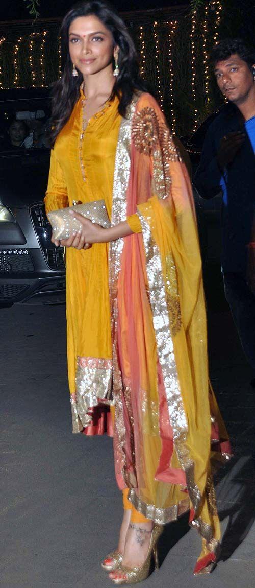Deepika Padukone at Rohit Shetty's sisters reception