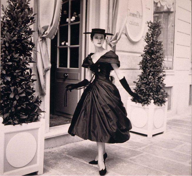 195 besten 50 jahre mode bilder auf pinterest 50er jahre mode retro kleidung und vintage kleider. Black Bedroom Furniture Sets. Home Design Ideas