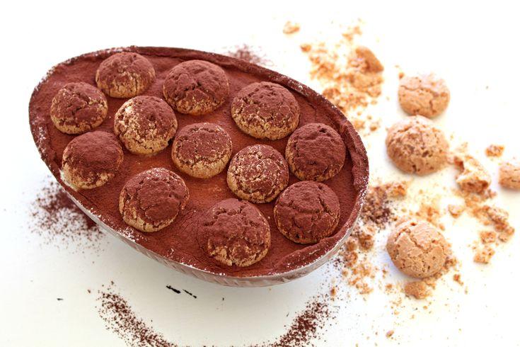 Uovo di cioccolato ripieno di tiramisù agli amaretti - Le ricette de La Cucina Italiana