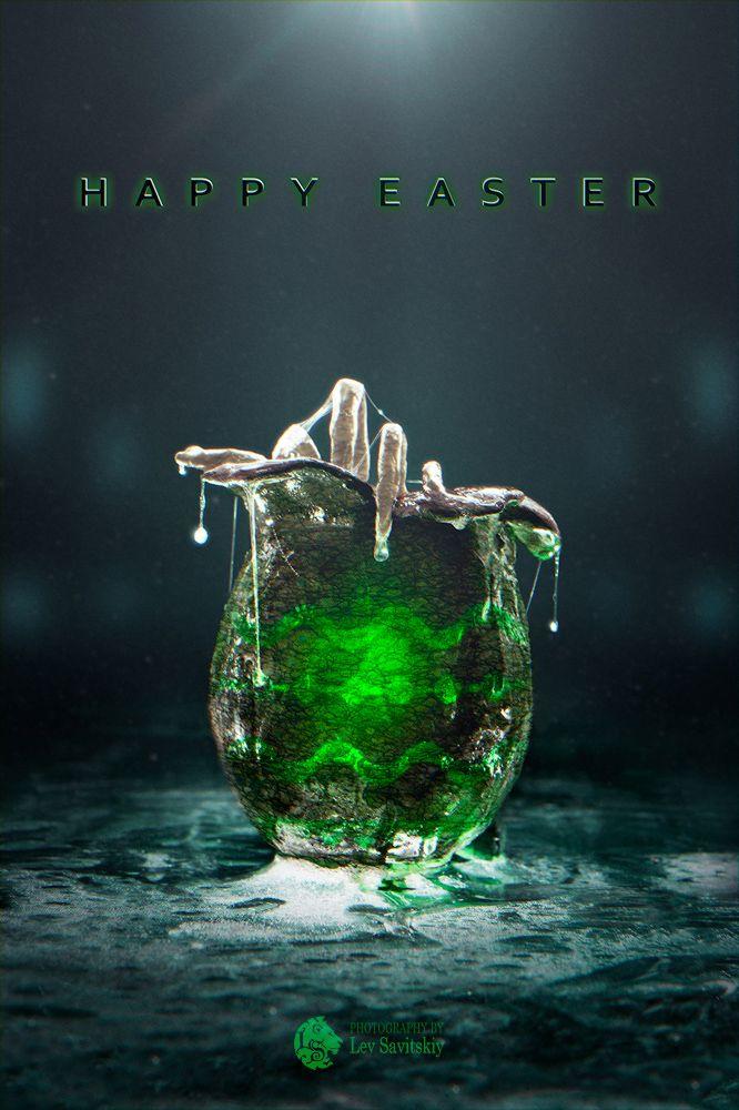 Alien facehugger, Easter edition :) Check behind the scenes on my website: levsavitskiy.com/2015/04/03/alien-easter/