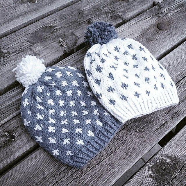 Victorlue #victorlue #vinterstrikk #strikkemamma #knittersofinstagram #knitforkids #knitforfun #knitfastdiewarm #knitforyourkid #garnglede #garndilla #yarndrobe #strikkelue #strikkeinspirasjon #i_loveknitting #knitted_inspiration #avpinnene #mykindofyoga #mypattern #allers #allersstrikk #strikkesida #sticka #knitinspo123