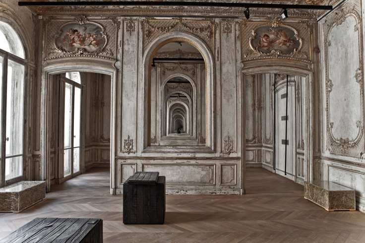 The exhibition rooms at Elephant Paname in Paris, France   © Emmanuel Donny