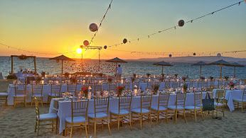 An amazing wedding reception #beachwedding #weddingideas #mythoswedding #weddingingreece #kefalonia