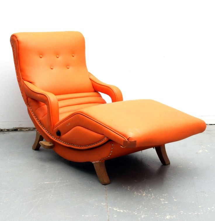 Mid Century Modern Massage Recliner by the Contour Chair Co. : EBTH