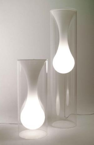 Modern Gout Lamp 1500USD #blanc #verre #plexiglas #industriel