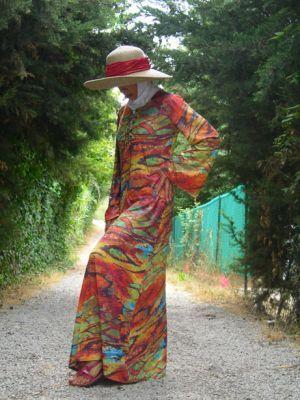 ideas of sun hat with abaya abd hijab (14)