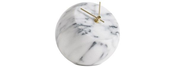 Modern home decor accessories - clocks from BoConcept