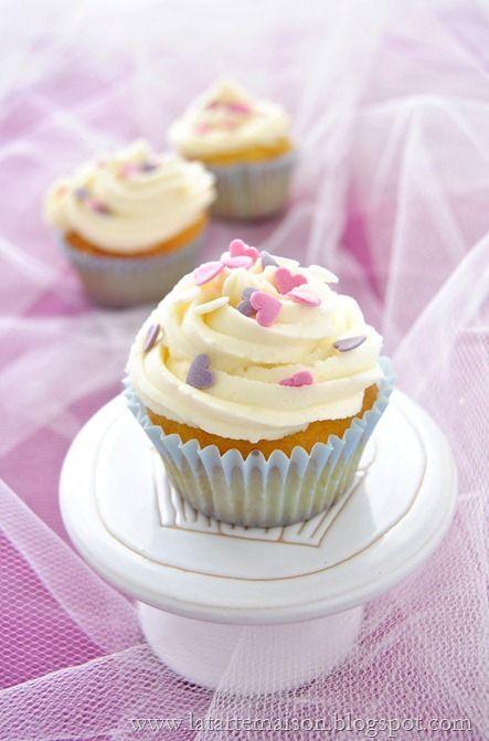 Cupcake alla vaniglia: i festeggiamenti continuano | La tarte maison