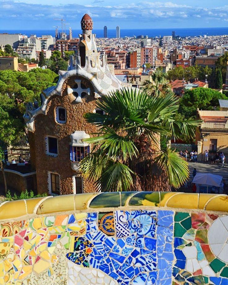 Barcelona  - #belekaj #godej #rajza #barcelona #barceloneta #gaudi #blogpodrozniczy #podróż #podroze #podróże #zwiedzamy #zwiedzanie #wakacje #travel #spain #hiszpania #espana #españa #visitspain #ig_barcelona #parkguell #blogtroterzy