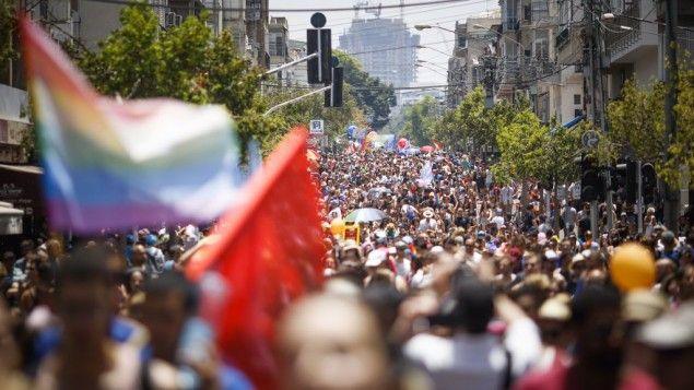 200,000 people attend Tel Aviv Gay Pride Festival BlackHouse, May 11 – Over 200,000 people from Israel and abroad attended Tel Aviv's Gay Pride Parade on Friday.  Over 200,000 people that 30,000 of them came from overseas attended Tel Aviv's Gay Pride Parade, the biggest event of its kind, on Friday. Various events will be held at the... http://blackhouse.info/200000-people-attend-tel-aviv-gay-pride-festival/
