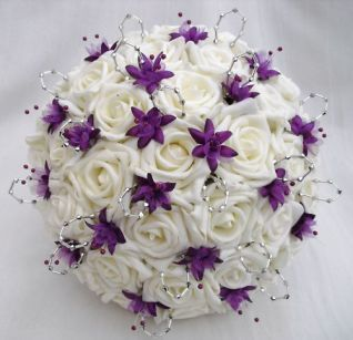 WEDDING FLOWERS - POSY BOUQUET IN IVORY, PURPLE, SILVER #Bouquet #ShopSimple