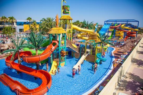 ¿Qué niñ@ puede resistirse a disfrutar de unos días en un camping como este? La Marina Camping & Resort cuenta con una zona de piscinas ideal para que los niños disfruten al máximo. Actividades, animación... ¡todo en un mismo destino!  ¿Te apuntas?