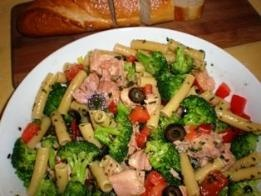 Pasta with Tuna and Broccoli http://mangiabenepasta.com/seafood.html
