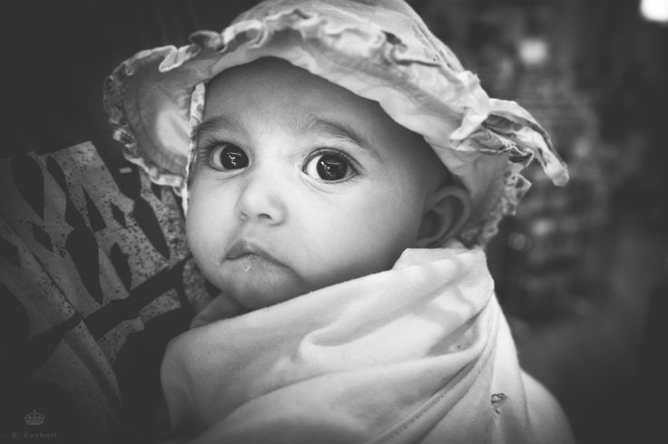 My little model by Bérénice Banhart, love this black and white... Follow me on facebook :  https://www.facebook.com/pages/B-Banhart/122213161232424 #baby #love # family #blackandwhite #photography #cute