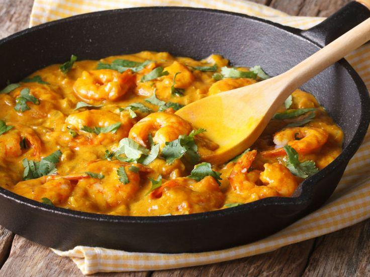 Gebratene Curry-Kokos-Garnelen