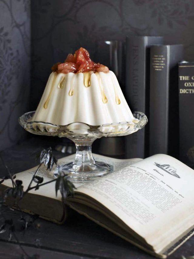 Gräddfilspannacotta med kardemumma och kanderad blodapelsin | Systrarna Eisenman | Bloglovin'