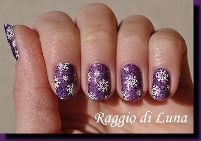 Raggio di Luna Nails: Stamping plate Blueberry 03 - Snowflakes on purple holo