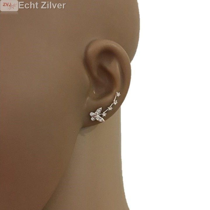 Super trendy en zo leuk deze earline klem oorbellen. Het lijkt net alsof je meerdere oorbellen in je oor hebt!!