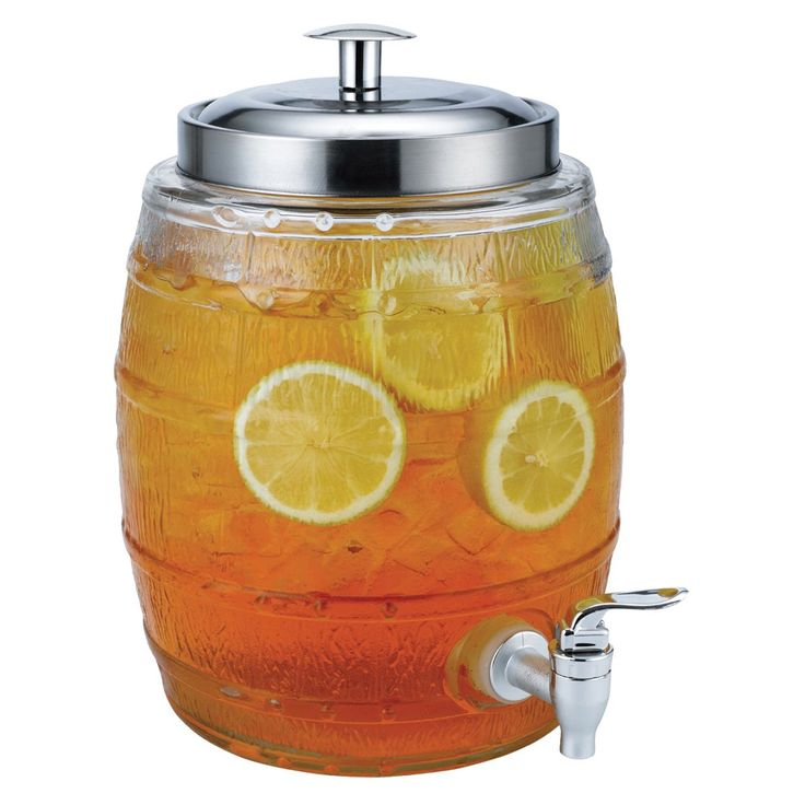 Perfect for small parties and picnics, this beverage dispenser holds up to five liters so you can quench the thirst of all your party guests. This glass dispenser features a metallic twist top lid wit
