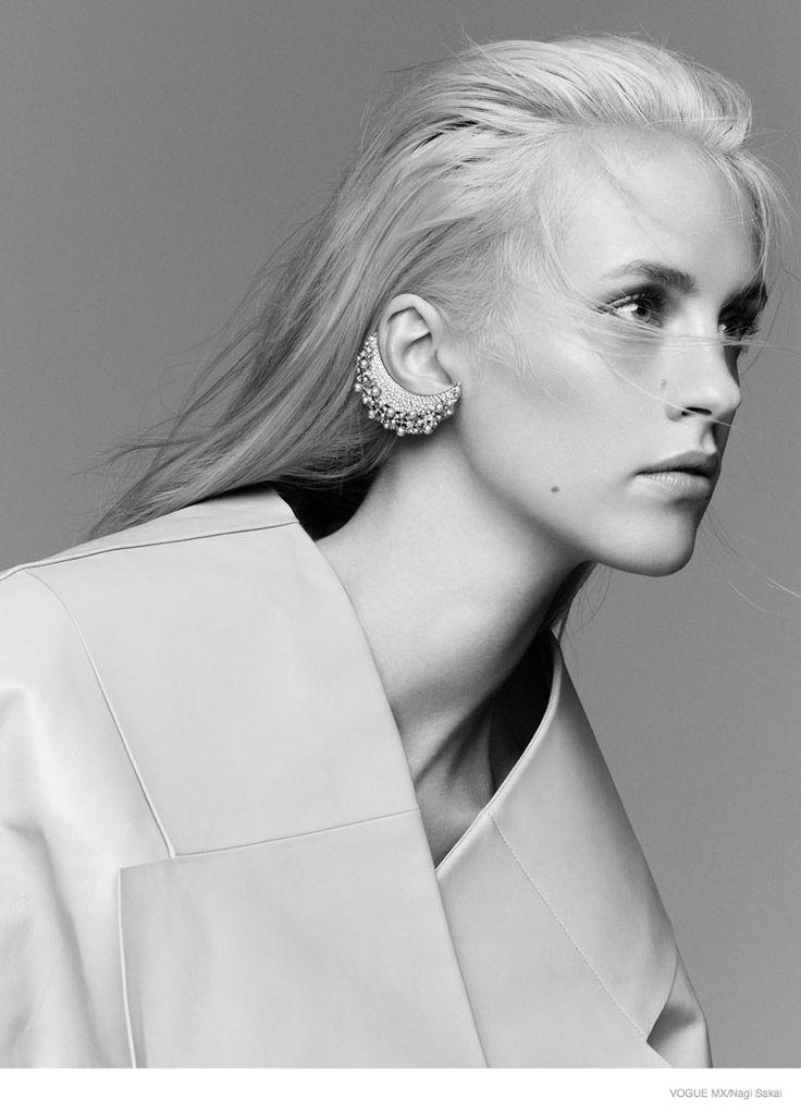 Pretty in Pink: Julia Frauche by Nagi Sakai for Vogue Mexico