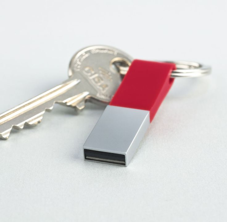 USB Flash drive with silicon top part. Comes with a keyring. www.pslcanada.com