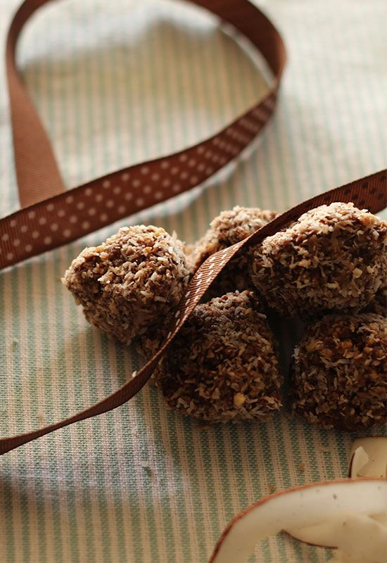 Coconut Covered Chocolate Bliss Balls - sugar free, dairy free, snack ideas. Healthy dessert/treat.