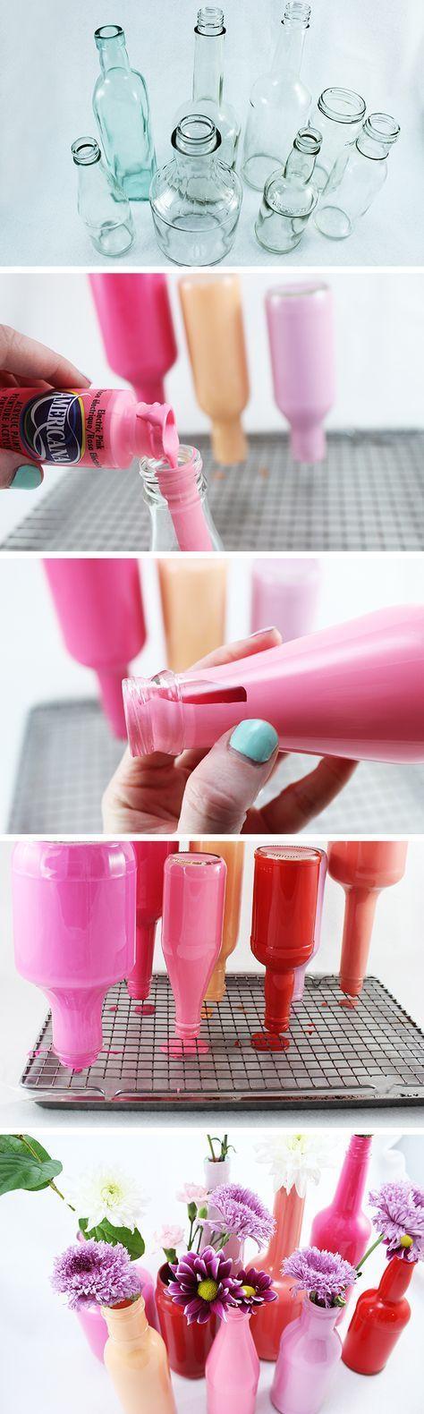 So werden leere Essigflaschen zu neuen Vasen.