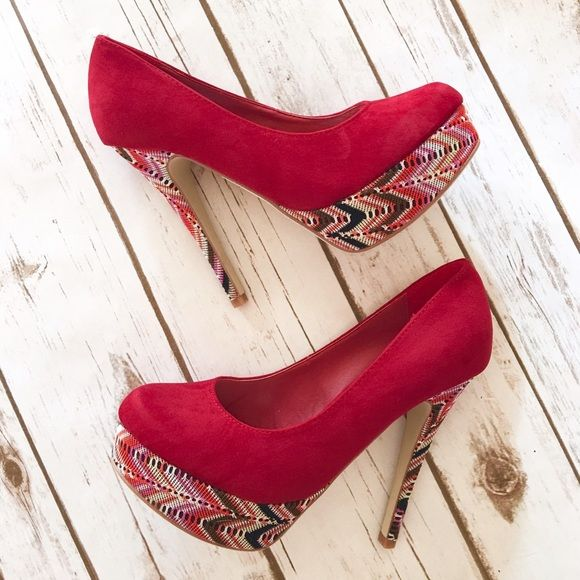 ❤️ Red Velvet Crochet Pumps ❤️ Brand New in Box,    Size 8,     5 inch heel Shoes Heels