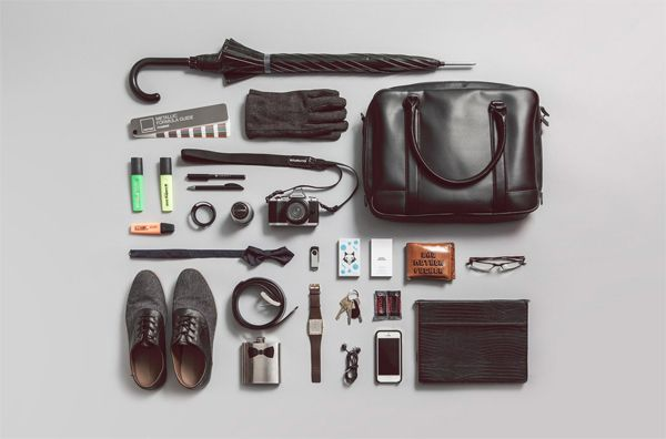 Daniel Brokstad  What really strikes a person about this photograph is the arrangement of the stuff Daniel has. As a freelance graphic designer that also works in photography and illustration, the Norwegian has a particular elegant style that's depicted by his accessories.