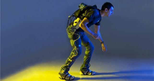 Trajes robóticos ayudan a discapacitados a lograr movilidad http://www.audienciaelectronica.net/2013/12/11/trajes-roboticos-ayudan-a-discapacitados-a-lograr-movilidad/
