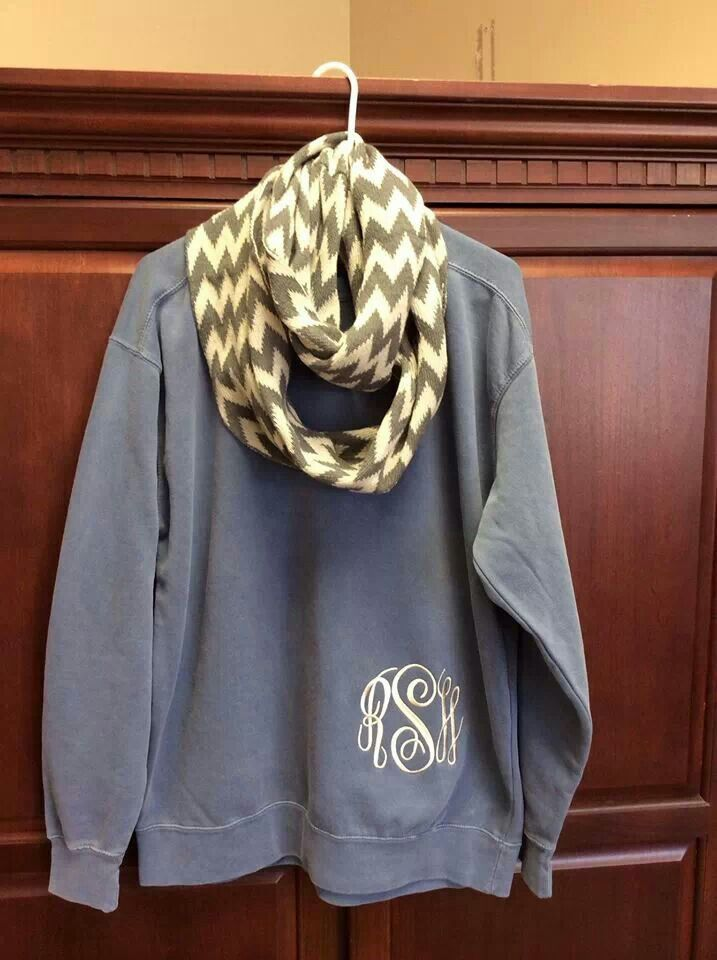 Quick, someone get me a crew neck sweatshirt to monogram