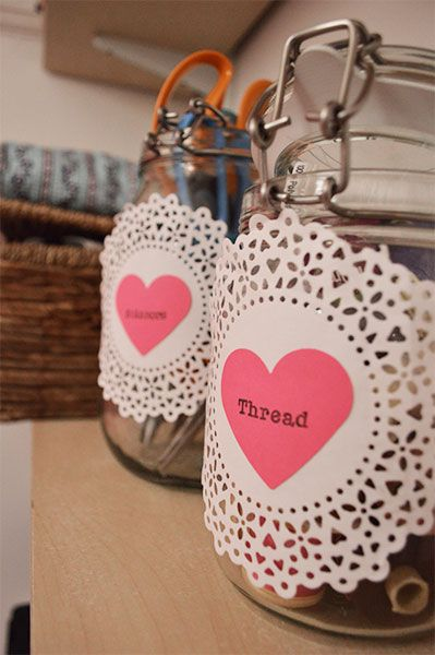 DIY-Doily-Jar-Labels